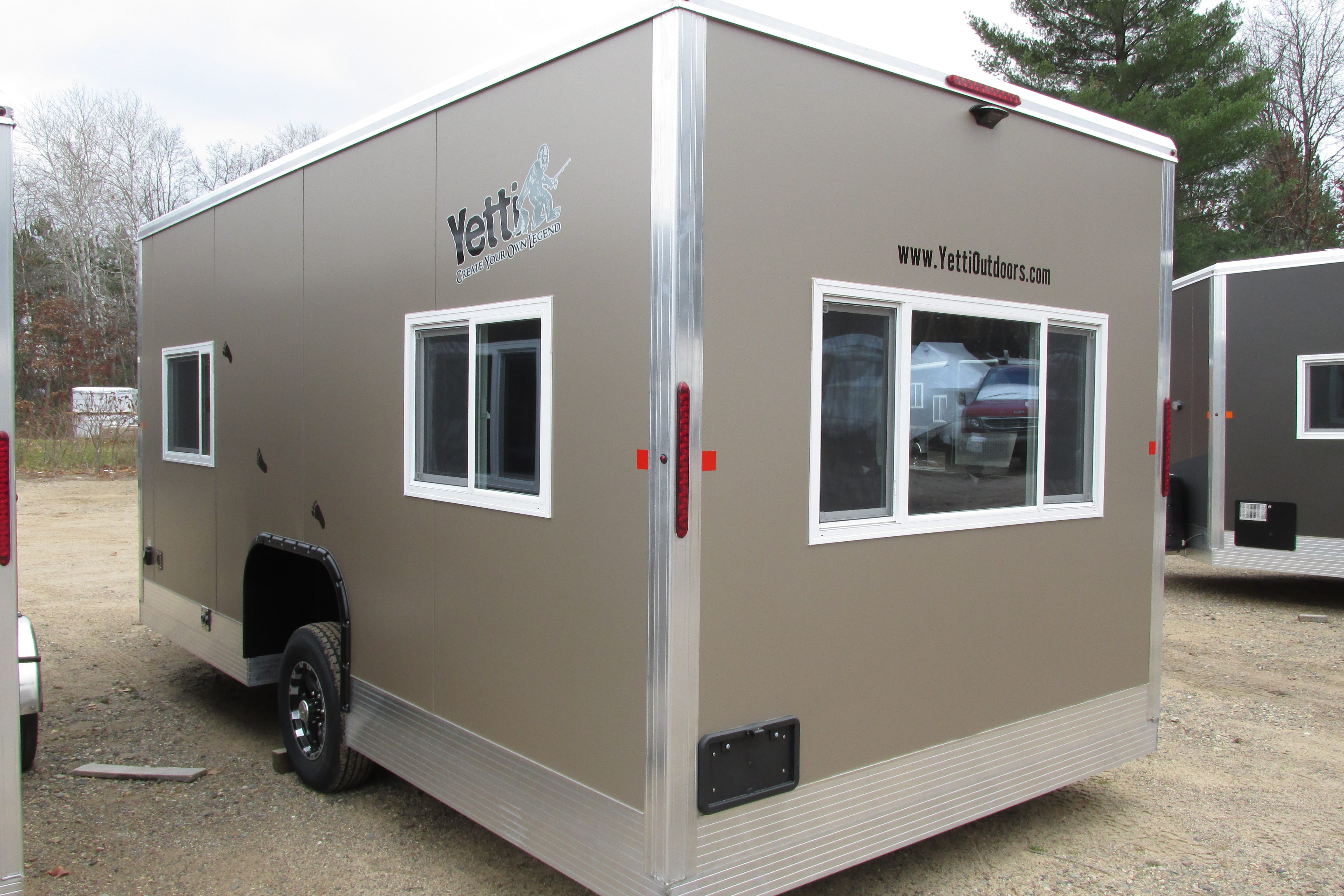 2018 single axle yetti fish house for sale in minnesota for Fish house axles