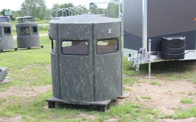 Hunter Stands – 5′ Deer Stand w/ Smoke Windows