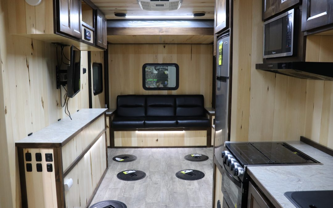 2021 Legend 8′ x 21′ – Custom